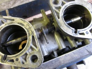 weber-40-ida3c-triple-carbs-porsche-174