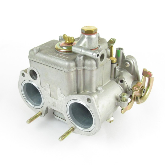 Injection On An 170bhp Alfa Nord: WEBER 40 DCOM 5 TWIN CARBURETTOR